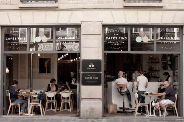 magnus-omme-blog-photography-coutume-cafe-paris-street-view-rue-de-babylone